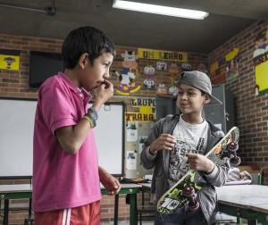 Estudiantes con discapacidad auditiva